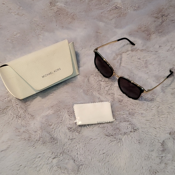 Michael Kors - Sunglasses and Case w/ cloth